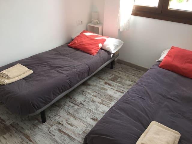 tercer dormitorio situado en la segunda planta