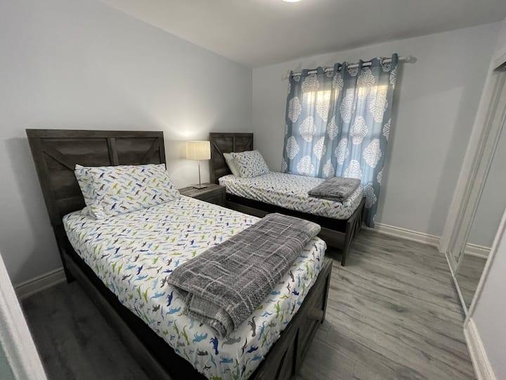 Luxury Detached 3 Bedroom Bungalow!