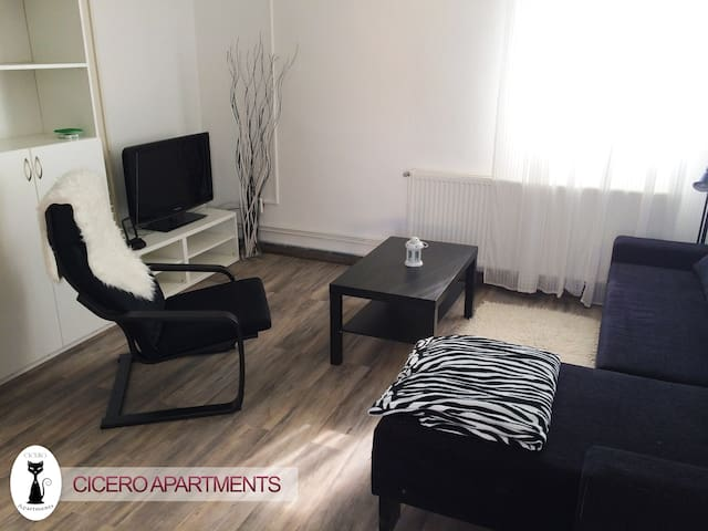 Cicero Apartments - Villa Nero - Balatonszemes