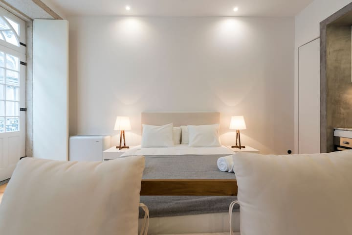 Rico's Apartment  - Almada 1º F