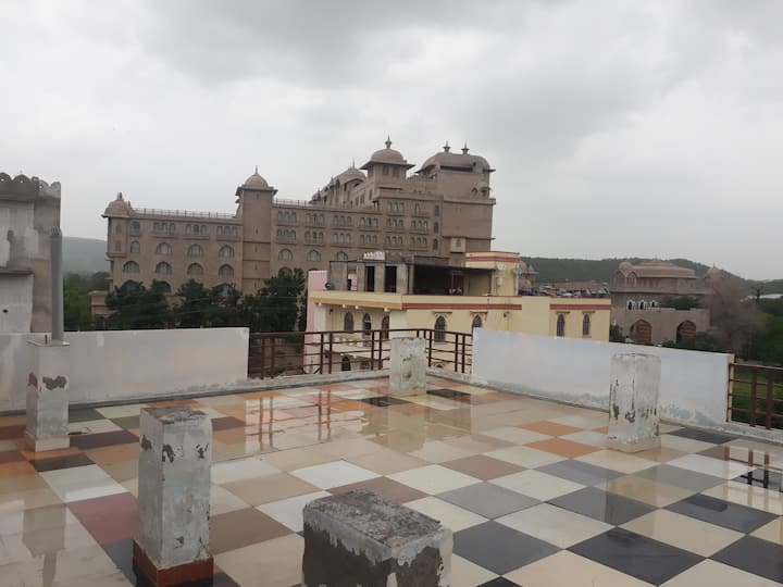 Hotel Shiv Pratap Residency