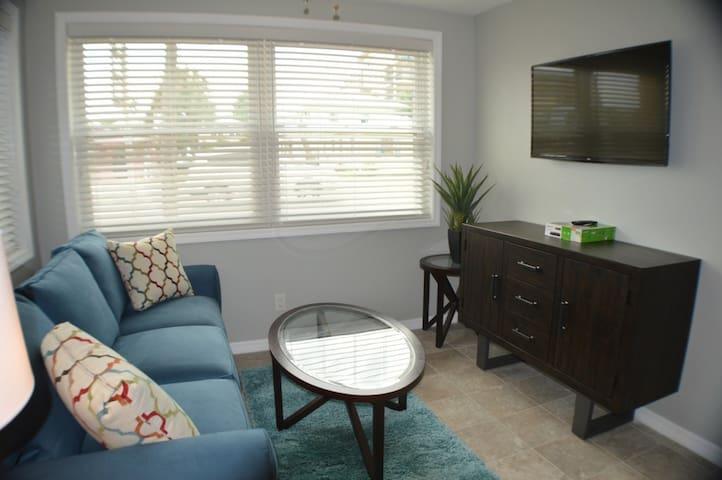 2 bedroom condo right next to John's Pass Village