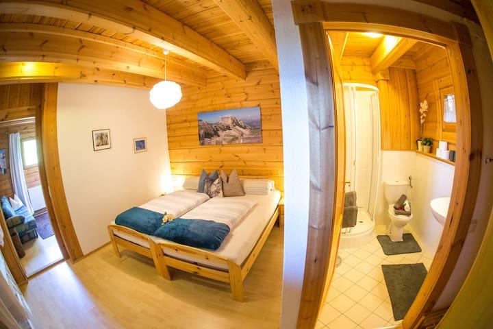 Appartement Schlossblick - Wohnung Tschafon