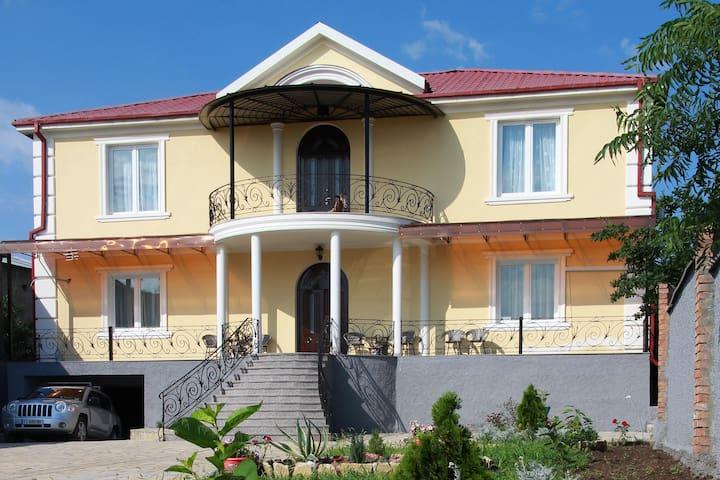 Wine House Medagio