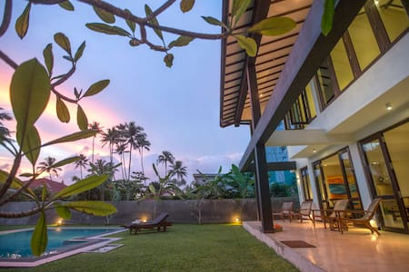 Private beach villa in Weligama - Weligama