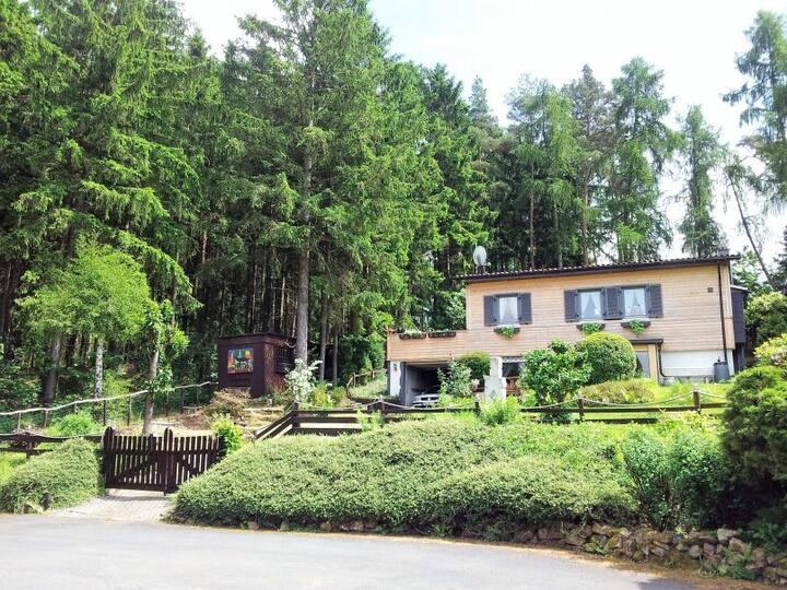 romantisches Haus am Wald, Hunde willkommen