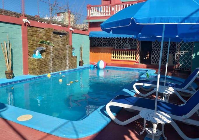 Casa Concha Azul + piscina, en Morón, Cuba (5R)