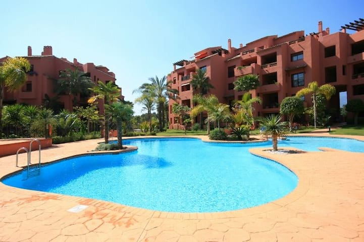 Marbella beach apartment for families and golfers - Marbella - Daire