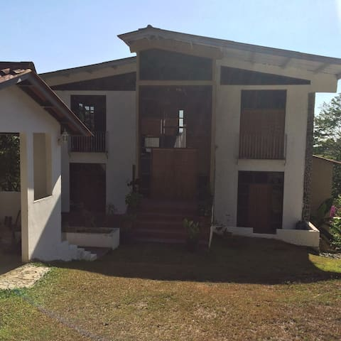 Villa Luz - Panama City - Bed & Breakfast