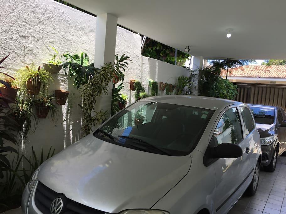 Terraço/ Garagem (vaga para 2 carros)