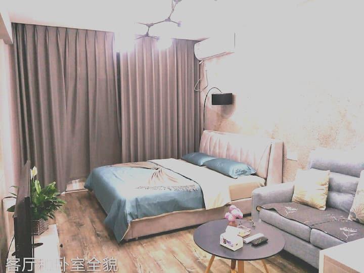苗侗风情园附近未来城馨家单身公寓