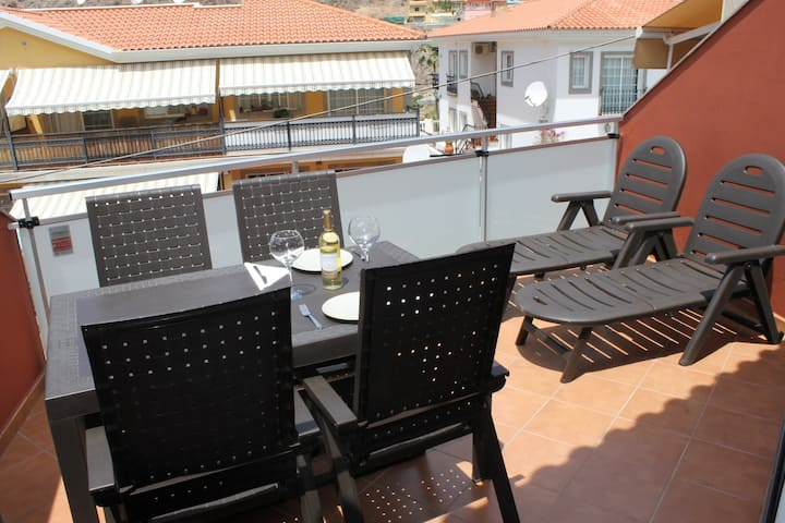 Apartment Mele, Puerto de Mogan, terrace and beach