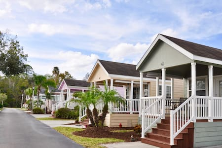 Sand Castle Cottage #66 near Disney - Kissimmee - Cabin