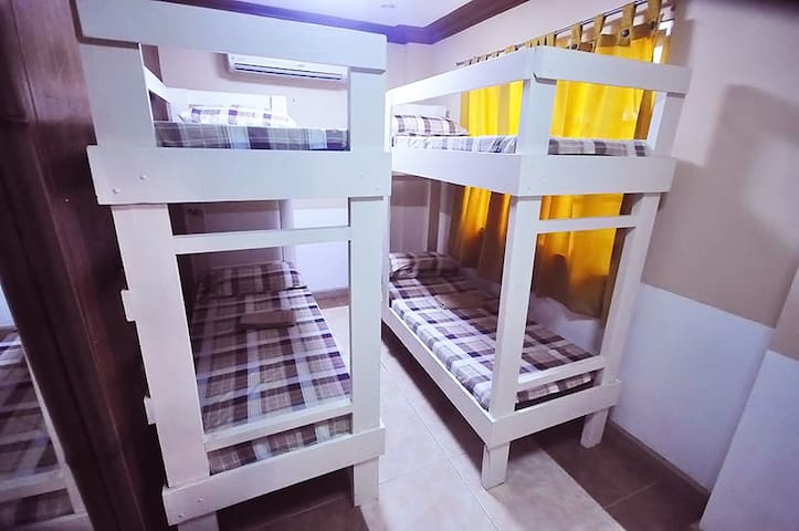 Family Econo Room for 4 persons (Gasat)