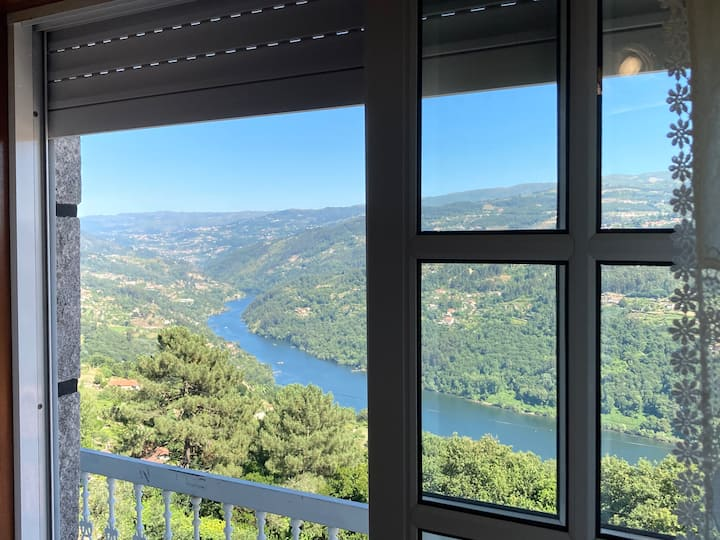 Mira Douro Valley Home