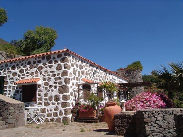 Finca la Isa - Casa Roque Nublo