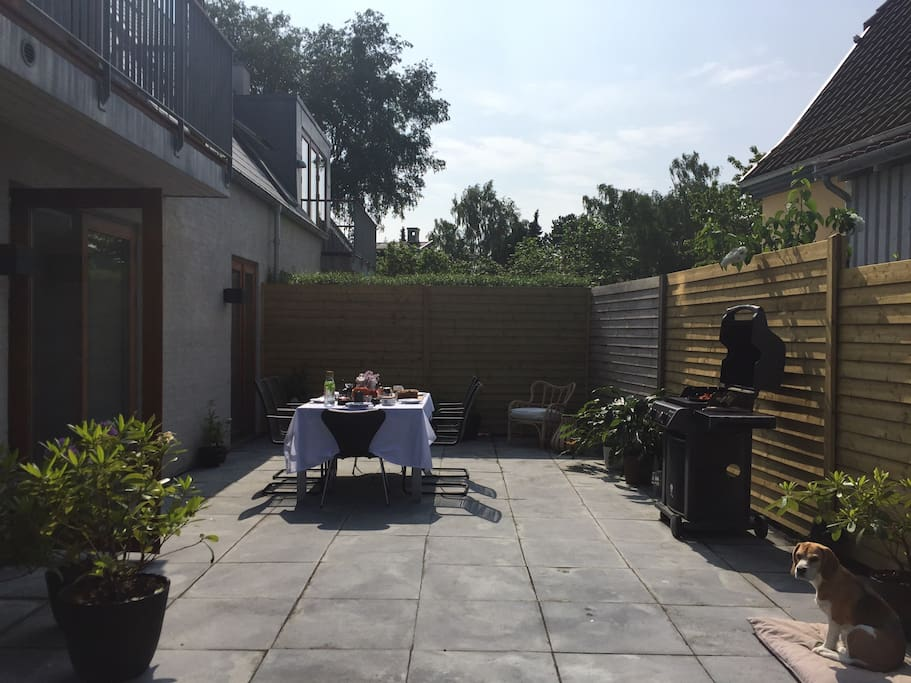 Private terrace with a barbecue. Sun from around 11 until sunset during the summer