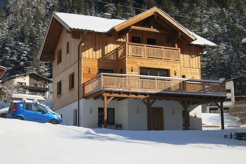 Larch Apartment (East) in Schnann, Arlberg