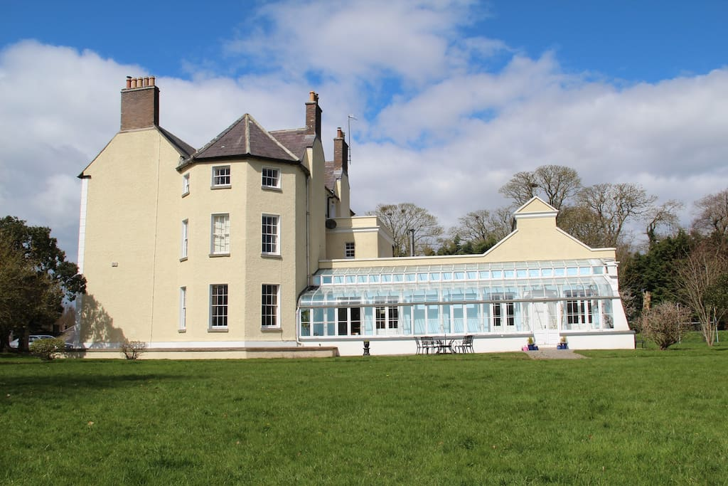 Mount hanover house villen zur miete in duleek meath for The hanover house