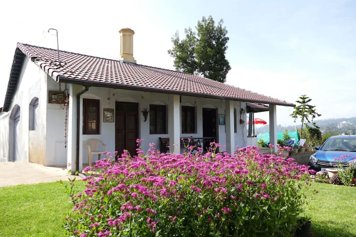 Heritage cottage with a view of Ooty town