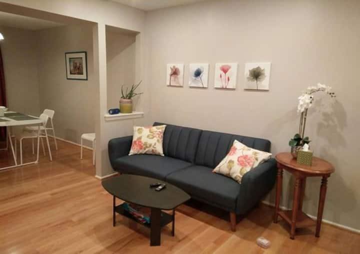 Cozy room in Fairfax