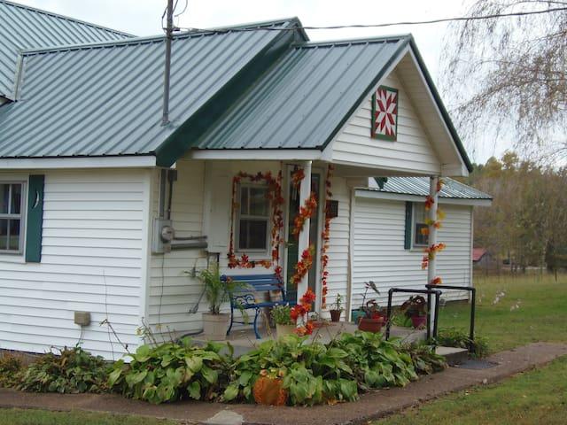 The Enochs Farm House Inn, decked out for fall!