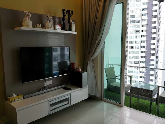 TROPEZ RESIDENCES @SEAVIEW DANGA BAY@ JB