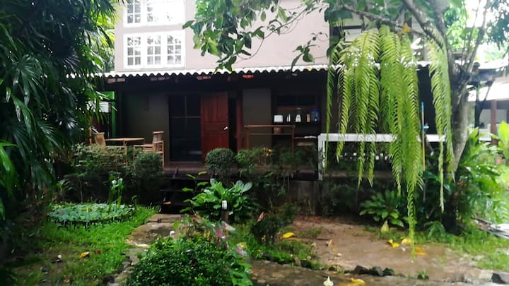 HC42 Koh Chang Residence Apartment