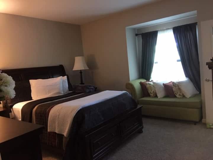 Luxury 1Br  Apt / Lawrenceville GA/add'l person$25