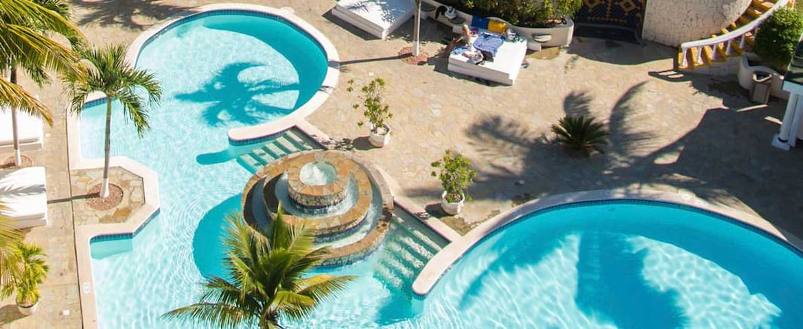 VIP Service - All-Inclusive Penthouse - DR Resort - Cofresi - Boetiekhotel