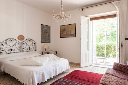 casa alle pendici dell'Etna - Valverde, Catania - Villa