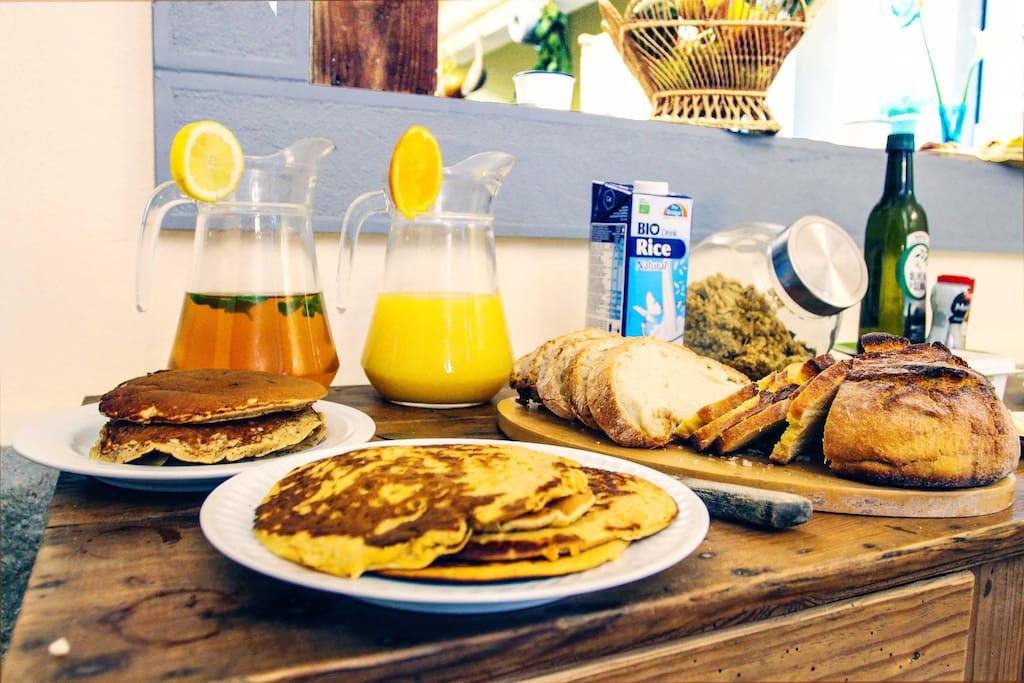 Vegetarian/Continental Breakfast