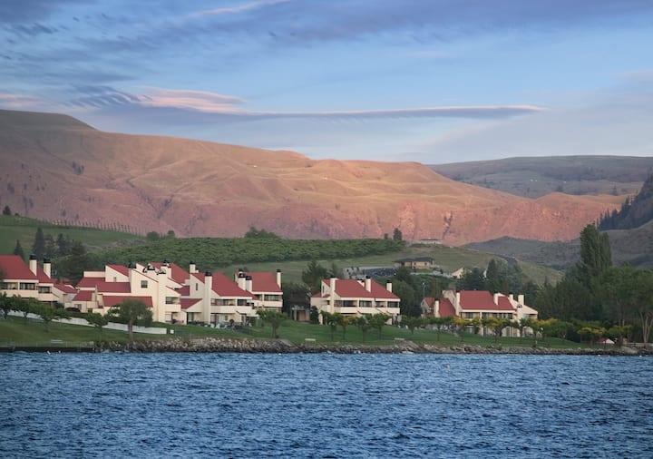 Lake Chelan Shores, WA, 1 Bedroom S #1