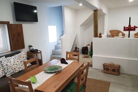 Casas do Patheo - Patheo's Wine House - Óbidos