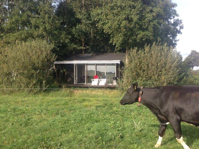 Tiny House met privacy en uitzicht - Bantega - Casa