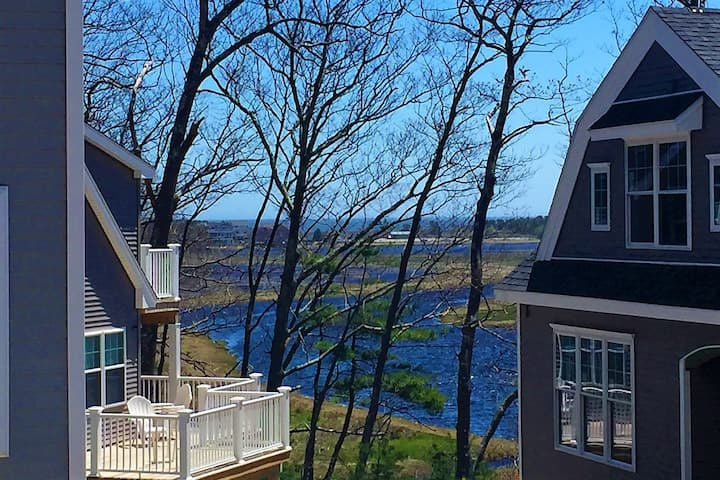 Waterfront Condo on Ogunquit River; Wells Line