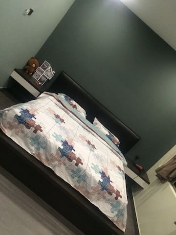Single Room near Puchong IOI Mall - Puchong - Lakás