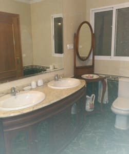 Aprt. 120m con 3 dormitorios - Apartment