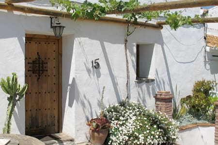 La Forastera - Benaque - Haus