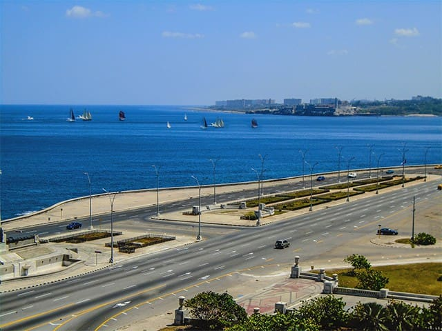 B&B in Private Room with amanzing sea view. - Havana - Apartemen
