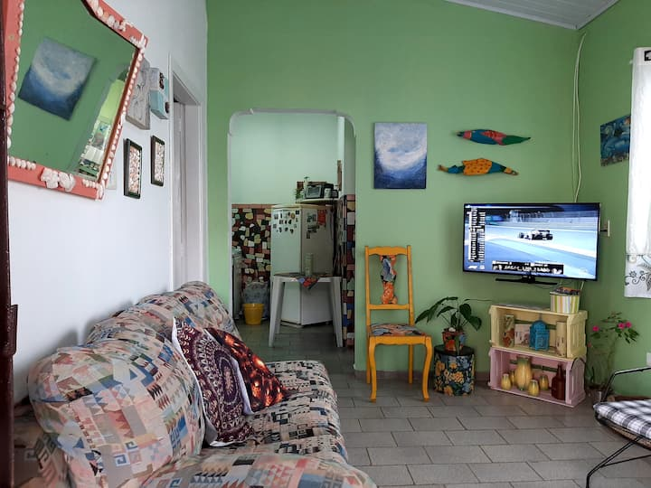 Vintage House:150m.beach!Colorful,comfortable,WIFI