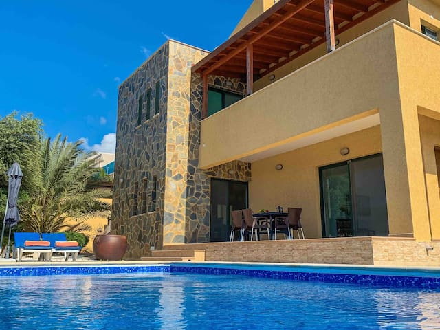 Gorgeous Family Villa with Panoramic Sea View
