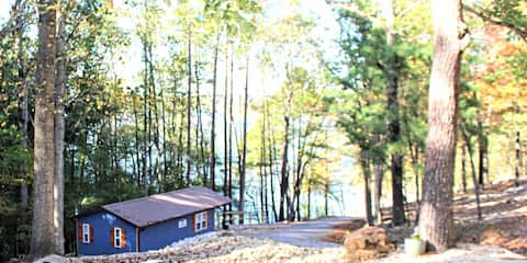 Lakefront Cabin with LAKE VIEW on Lake Wappapello