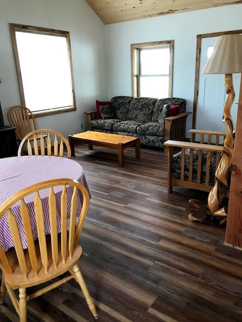 Cottonwood Cabin.  Brand new Guest House!
