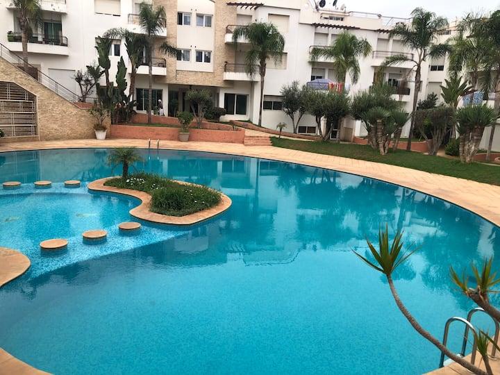 Un super appartement 104m a Harhoura plage