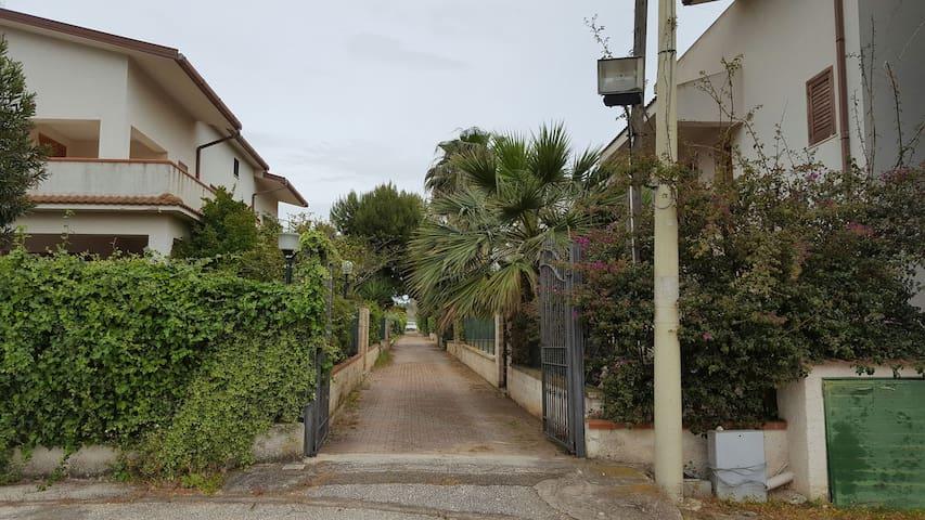 Villetta a pochi metri dal mare - Sciacca - House