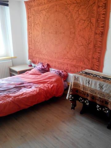 Chambre au calme - Hérimoncourt - Rumah