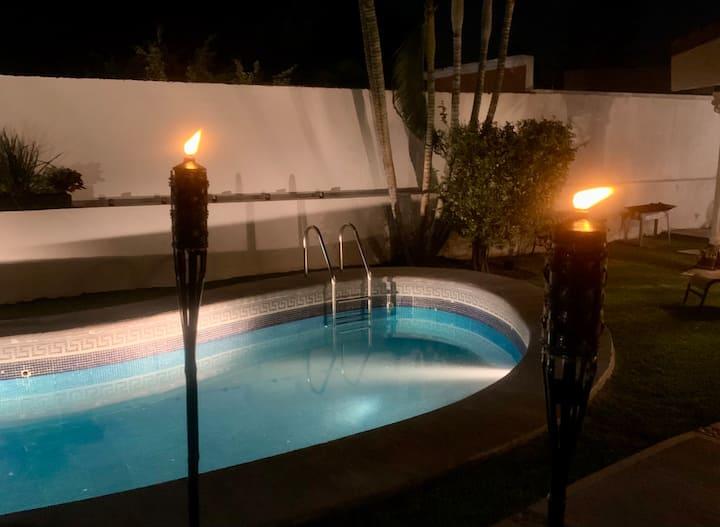 Room/parejas/jakuzzi/Pool/Cena Romantica/Desayuno❤️