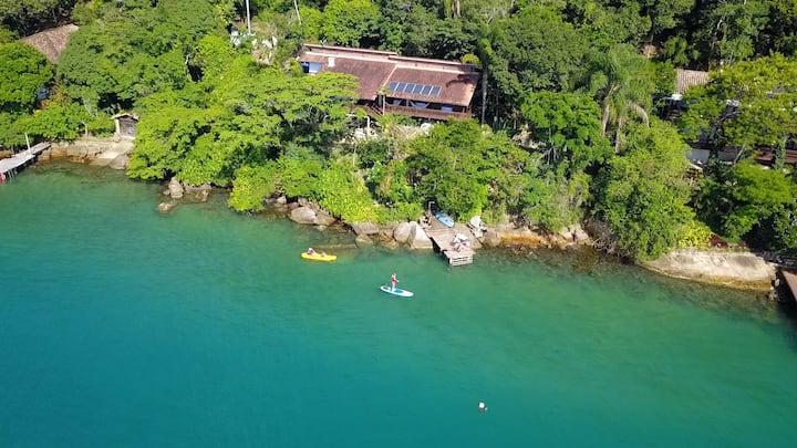 Amazing Seafront villa  - Paraty