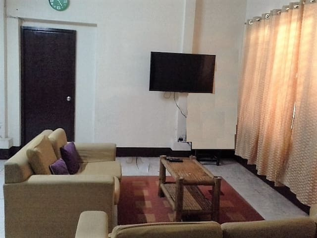 Cheap Aircon Room for Group 10 - Cebu City - Rumah